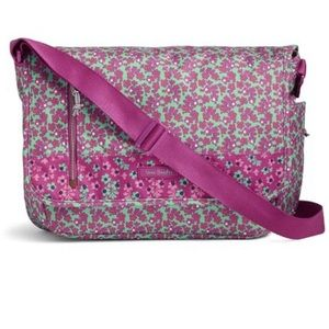 Vera Bradley Bags - NWT Vera Bradley Laptop Messenger Ditsy Dot Bag